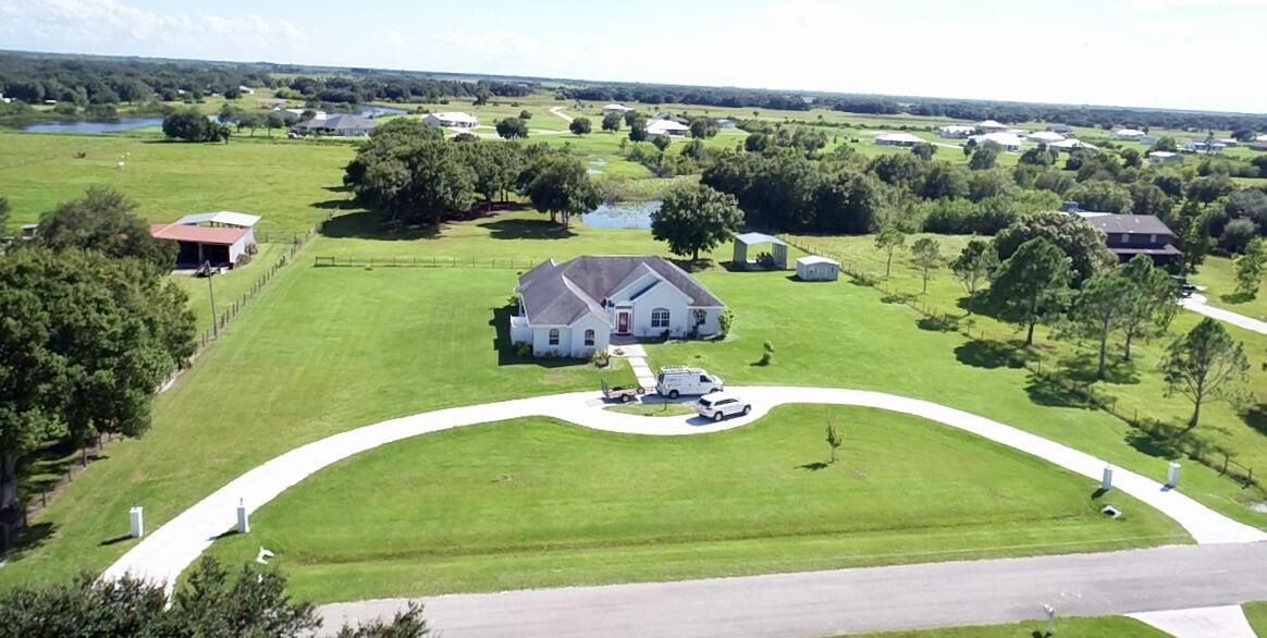 Home for sale in Sun Set Strip Airpark Okeechobee Florida