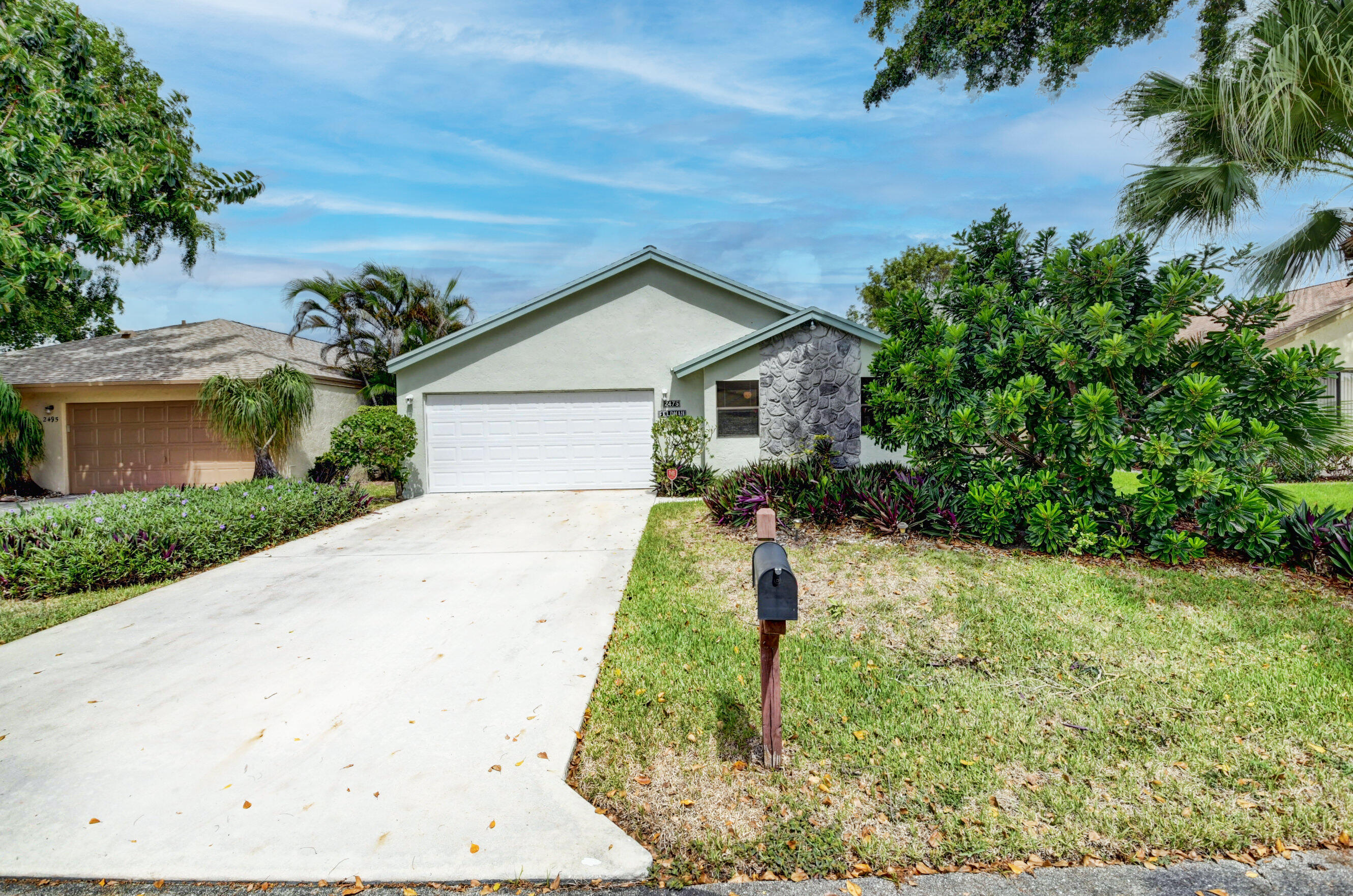2475 NW 14th Street  For Sale 10749434, FL
