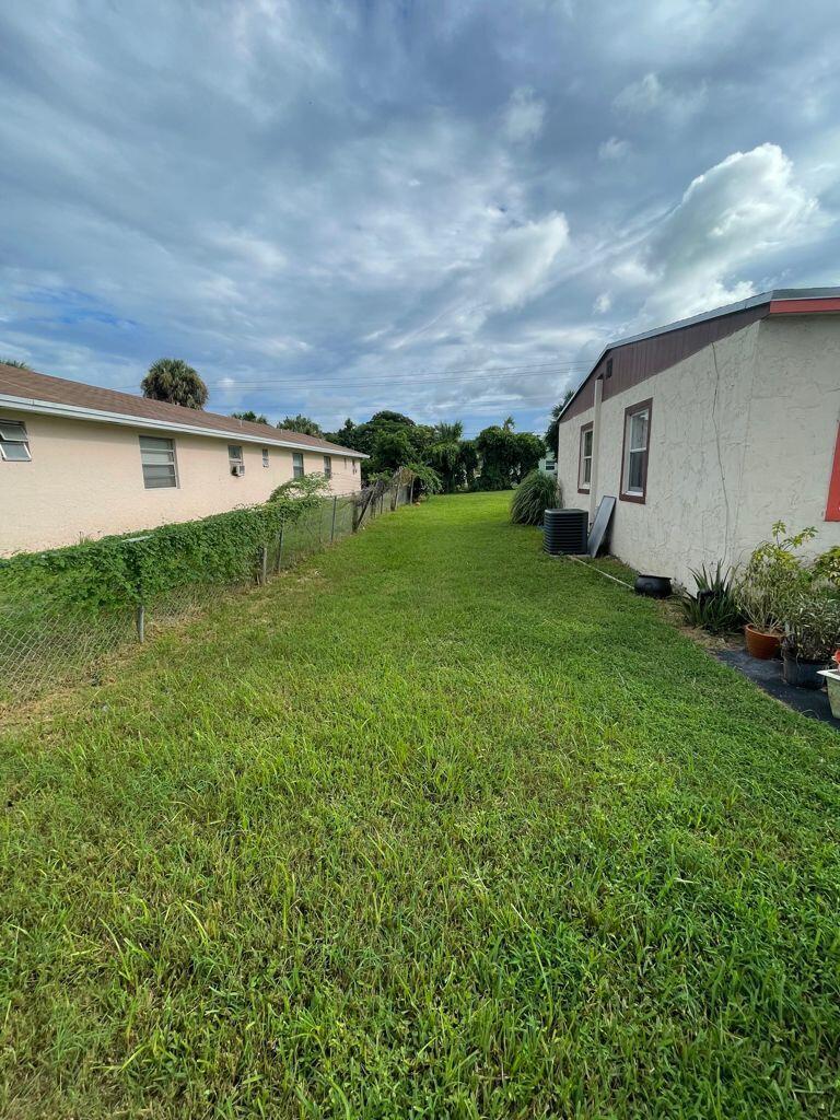 4636 Myrtle Lane West Palm Beach, FL 33417 photo 5