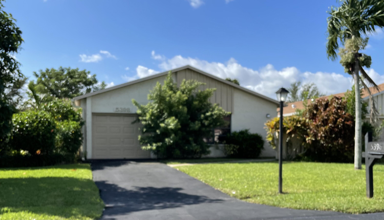 5398  Mirror Lakes Boulevard  For Sale 10747891, FL