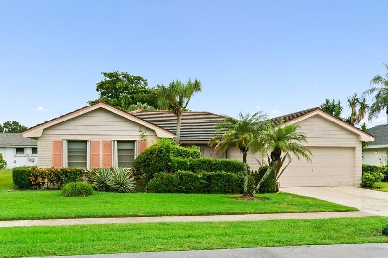 10626  Greentrail Drive  For Sale 10749678, FL