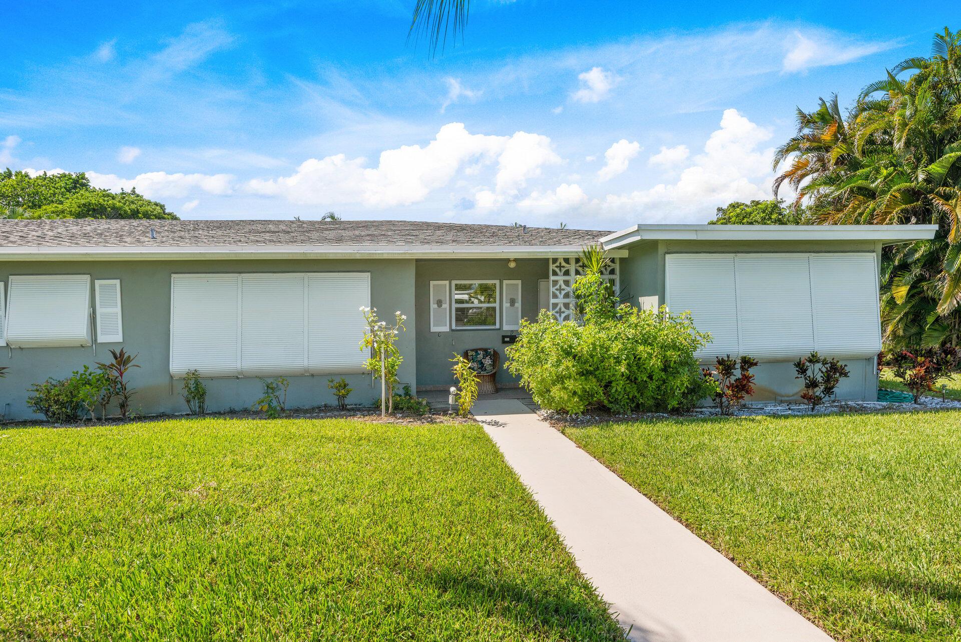 917 S Drive Terrace D For Sale 10749508, FL