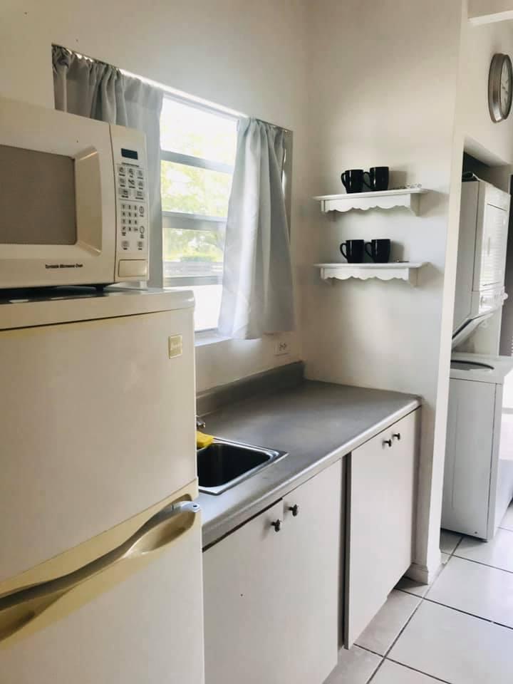Groom room kitchen