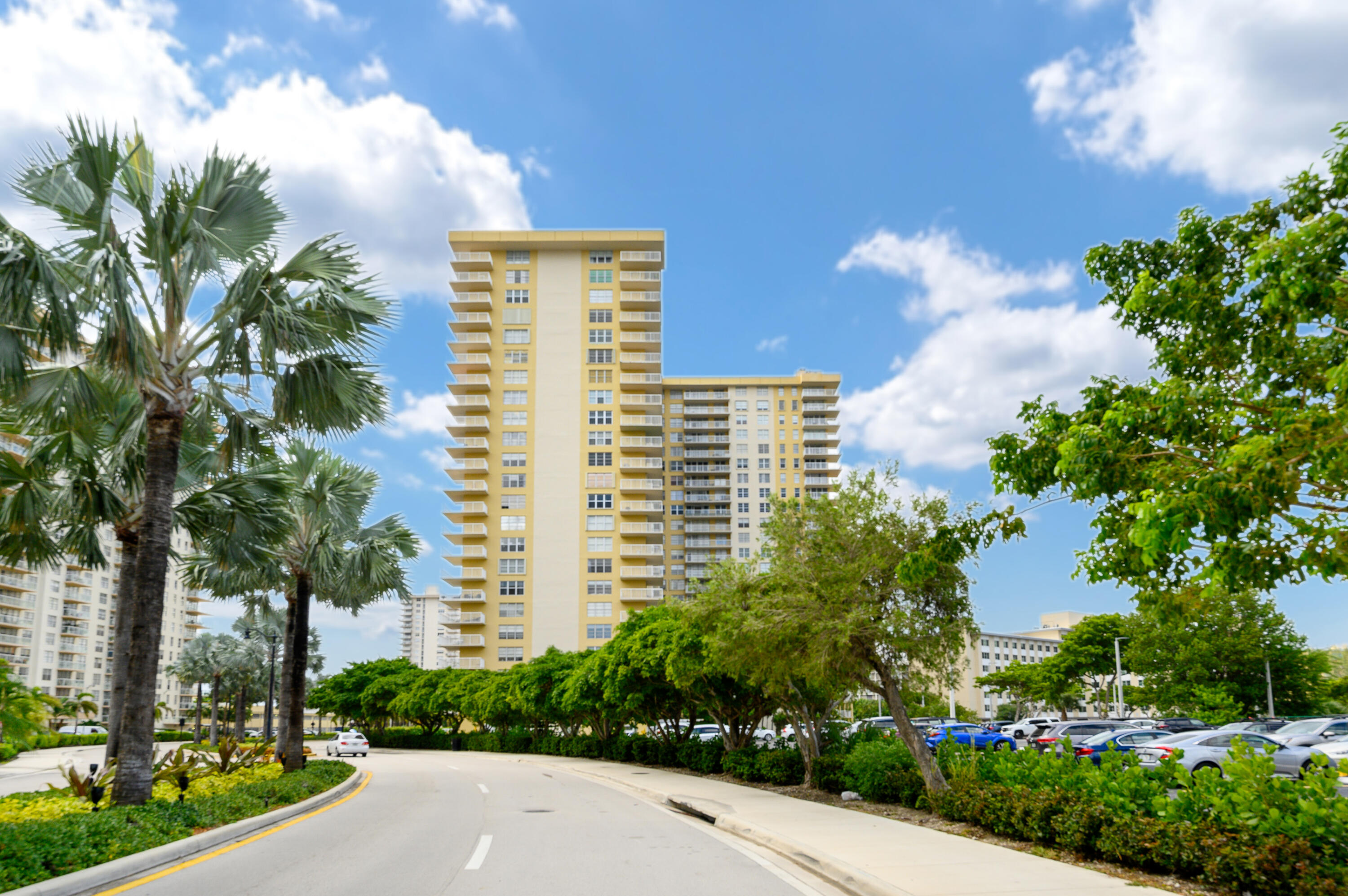 Home for sale in WINSTON TOWERS 400 CONDO Sunny Isles Beach Florida