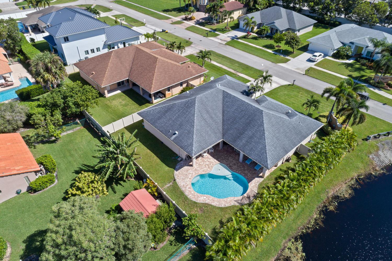2999 Dovedale Ct Wellington FL-large-007