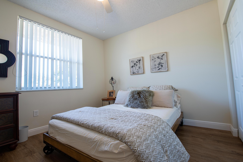 2 Bedroom 1 (2)