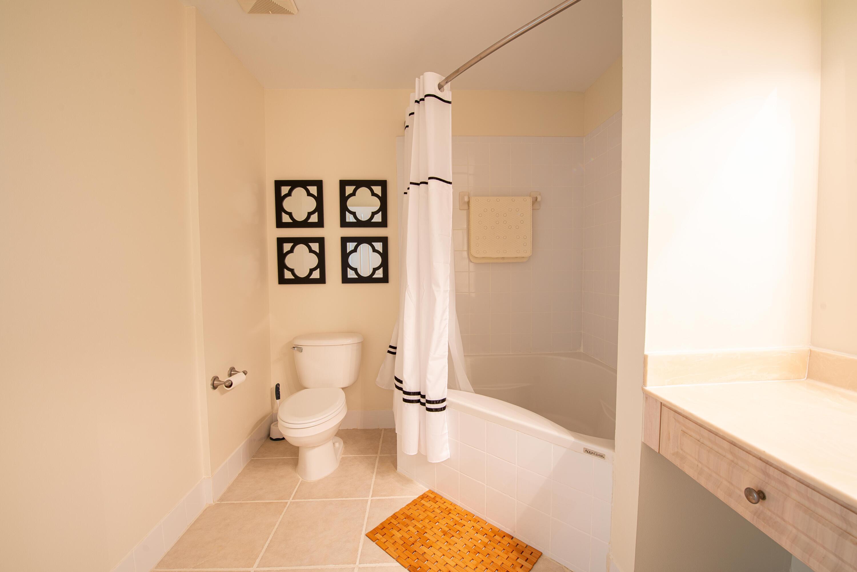 12 Bathroom master (2)