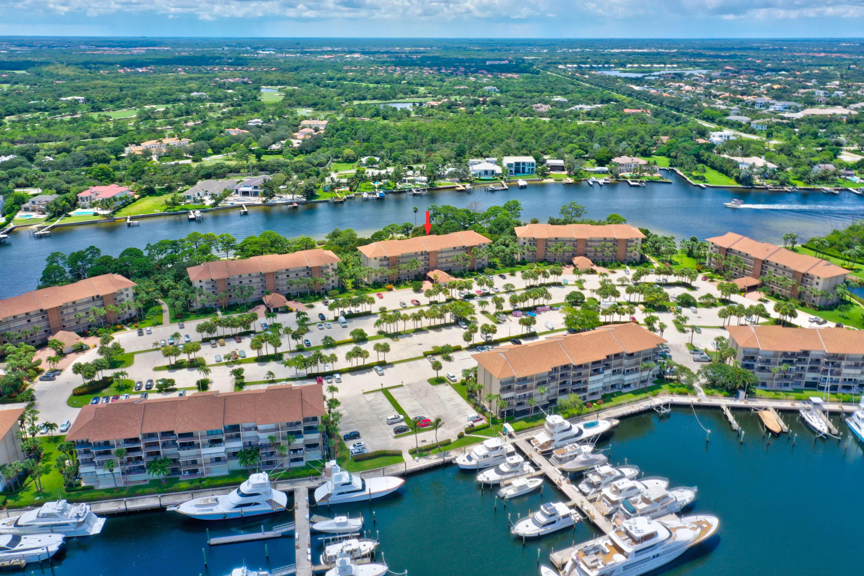 2001 Marina Isle 403 Way 403 Jupiter, FL 33477
