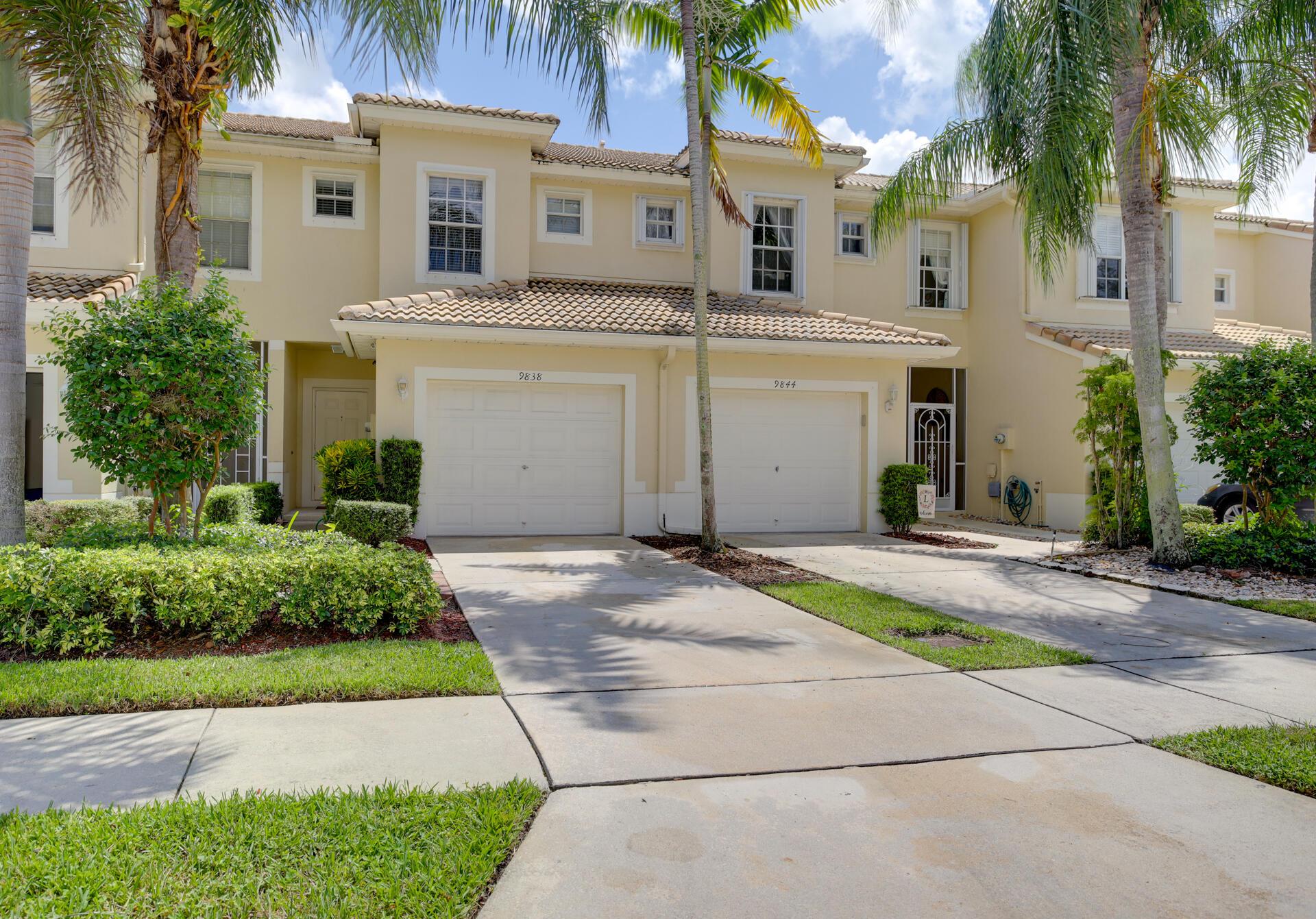 9838  Porta Leona Lane  For Sale 10750040, FL