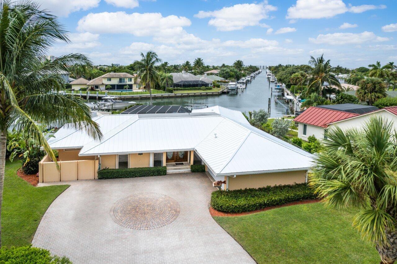 3959 N Ocean Drive  For Sale 10750060, FL