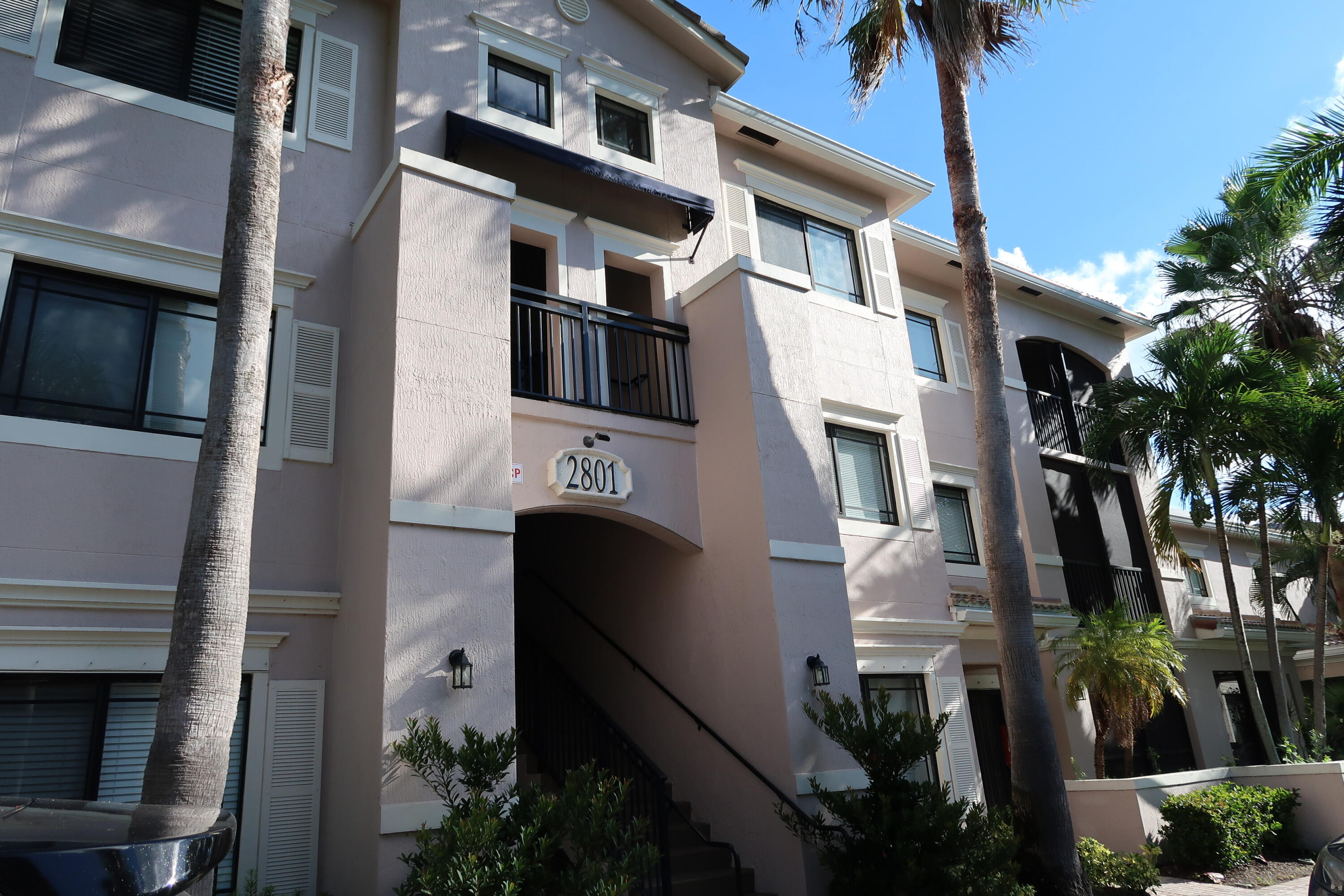 San Matera at The Gardens. Beautiful 2/2 with large screened in patio.  Within walking distance to the Gardens Mall & Downtown At The Gardens. All resort style amenities including pool, spa, steam room and fitness center.