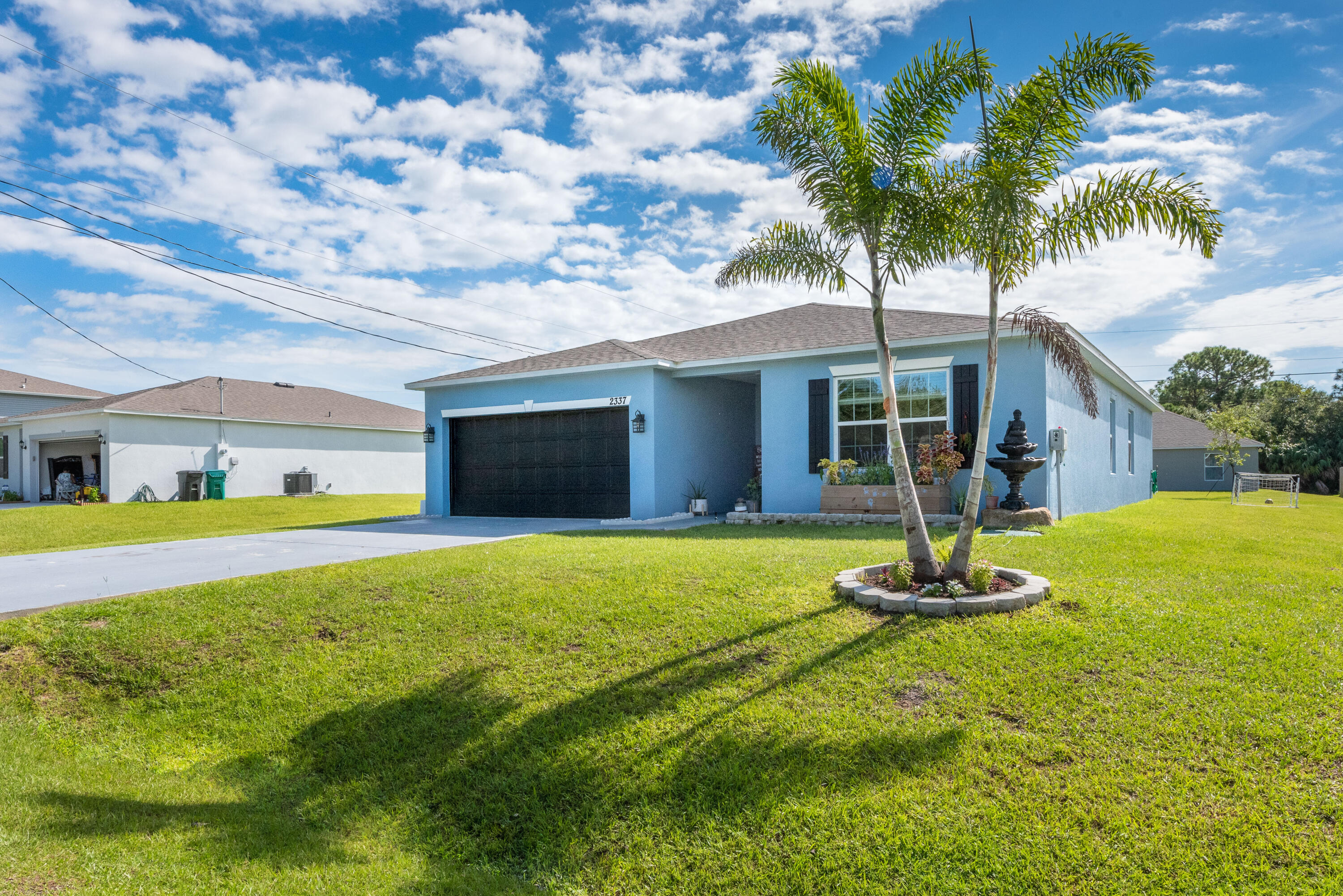 2337 SW Chateau Ter (1 of 36)