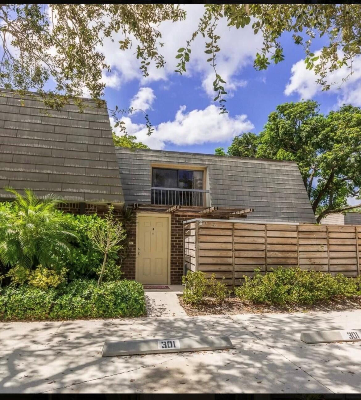 301  3rd Terrace  For Sale 10750239, FL