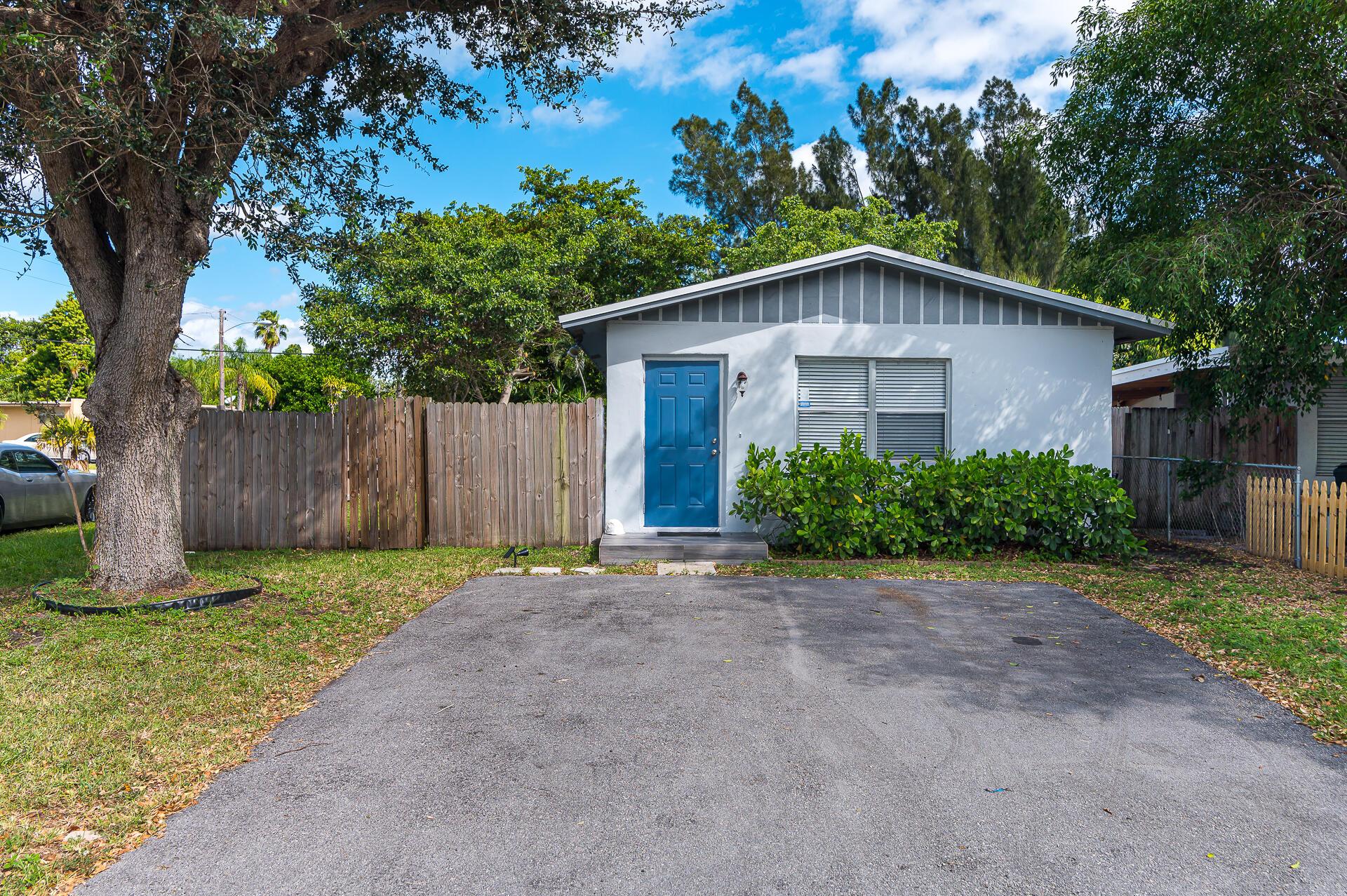 301  Lancaster Street  For Sale 10750154, FL