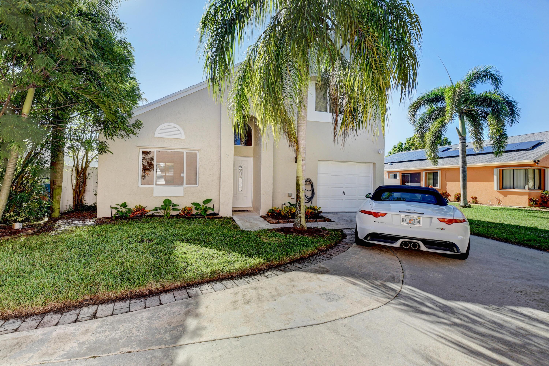 9  Elton Place  For Sale 10750287, FL