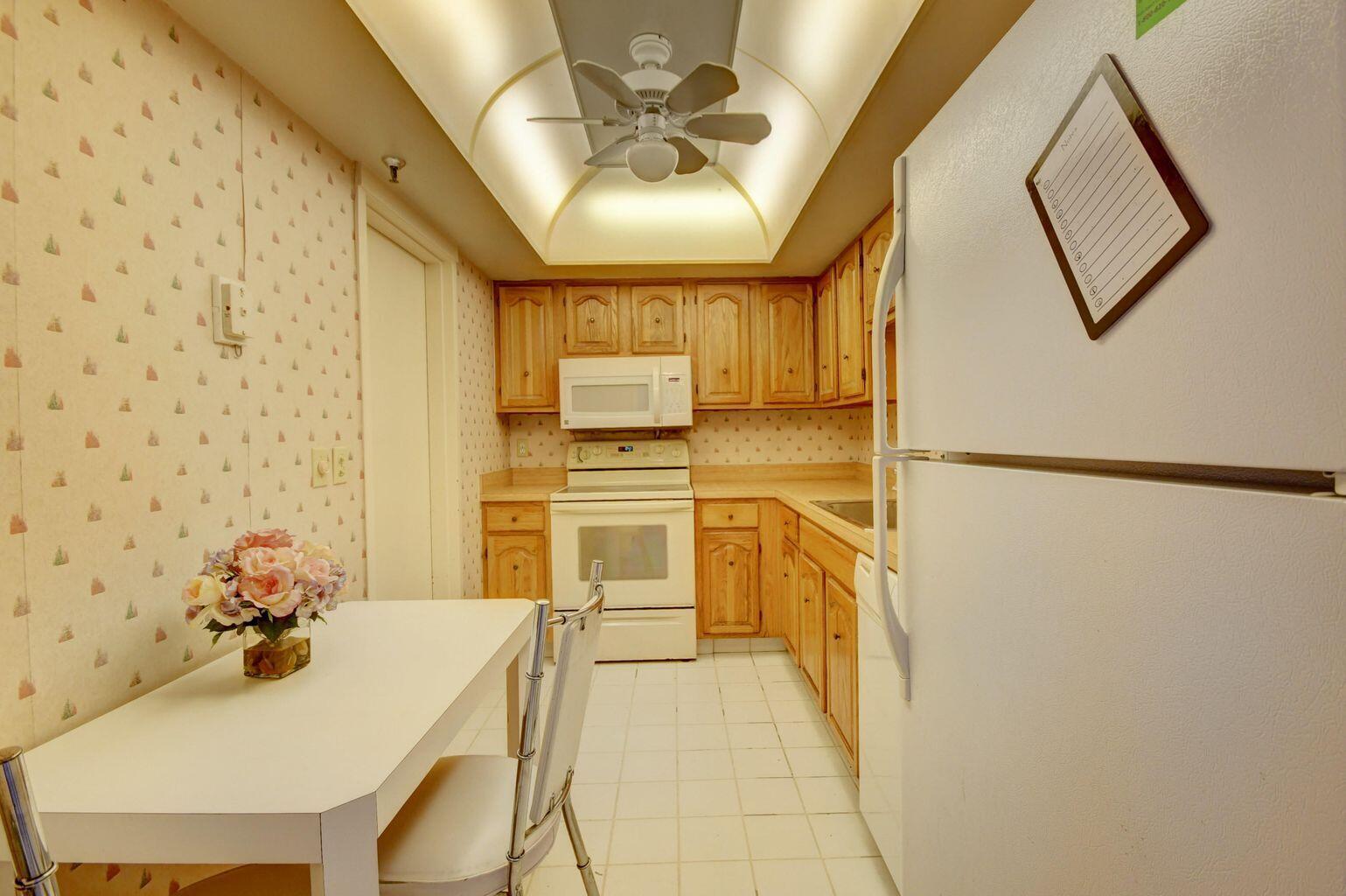 3036 - Kitchen