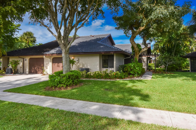 5051 Pine Drive Boynton Beach, FL 33437 photo 2
