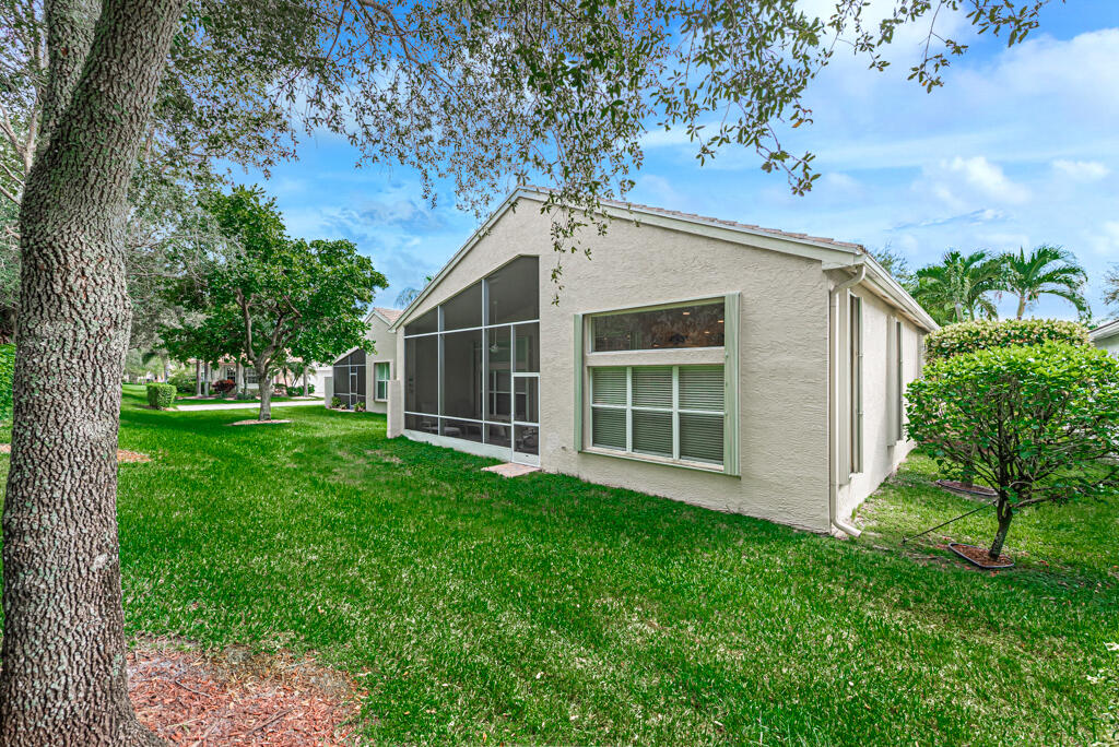 9811 Chantilly Point Lane Lake Worth, FL 33467 photo 42