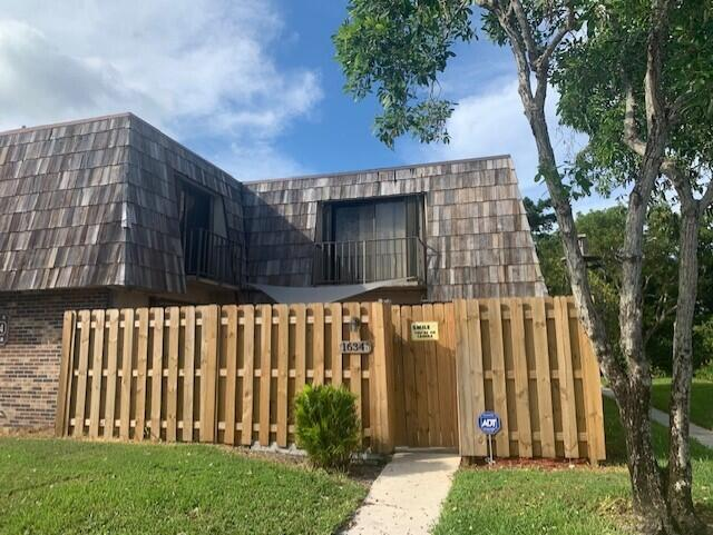 1634 Forest Lakes Circle B West Palm Beach, FL 33406