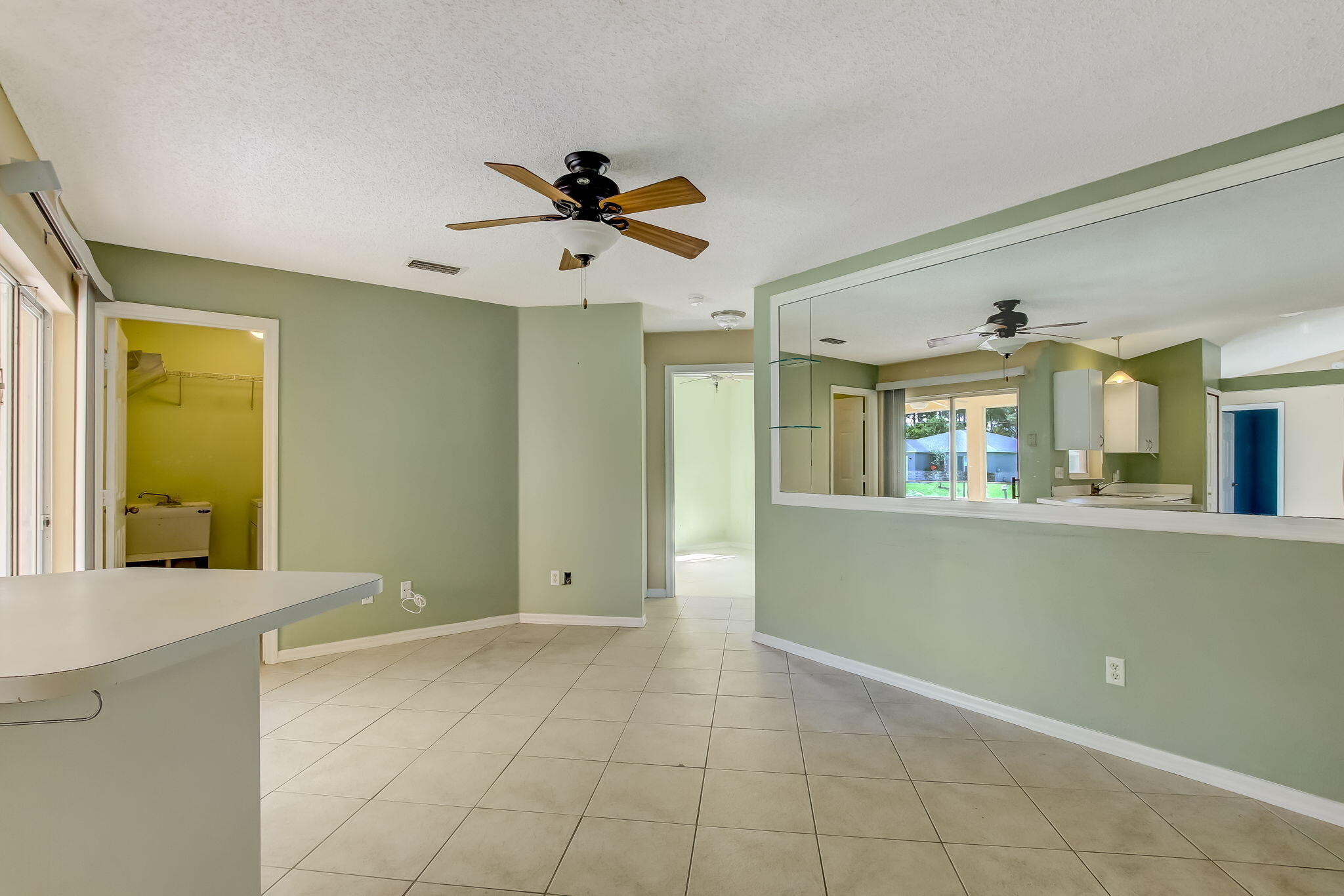 8-web-or-mls-8_1002 SW Charcoal Ave