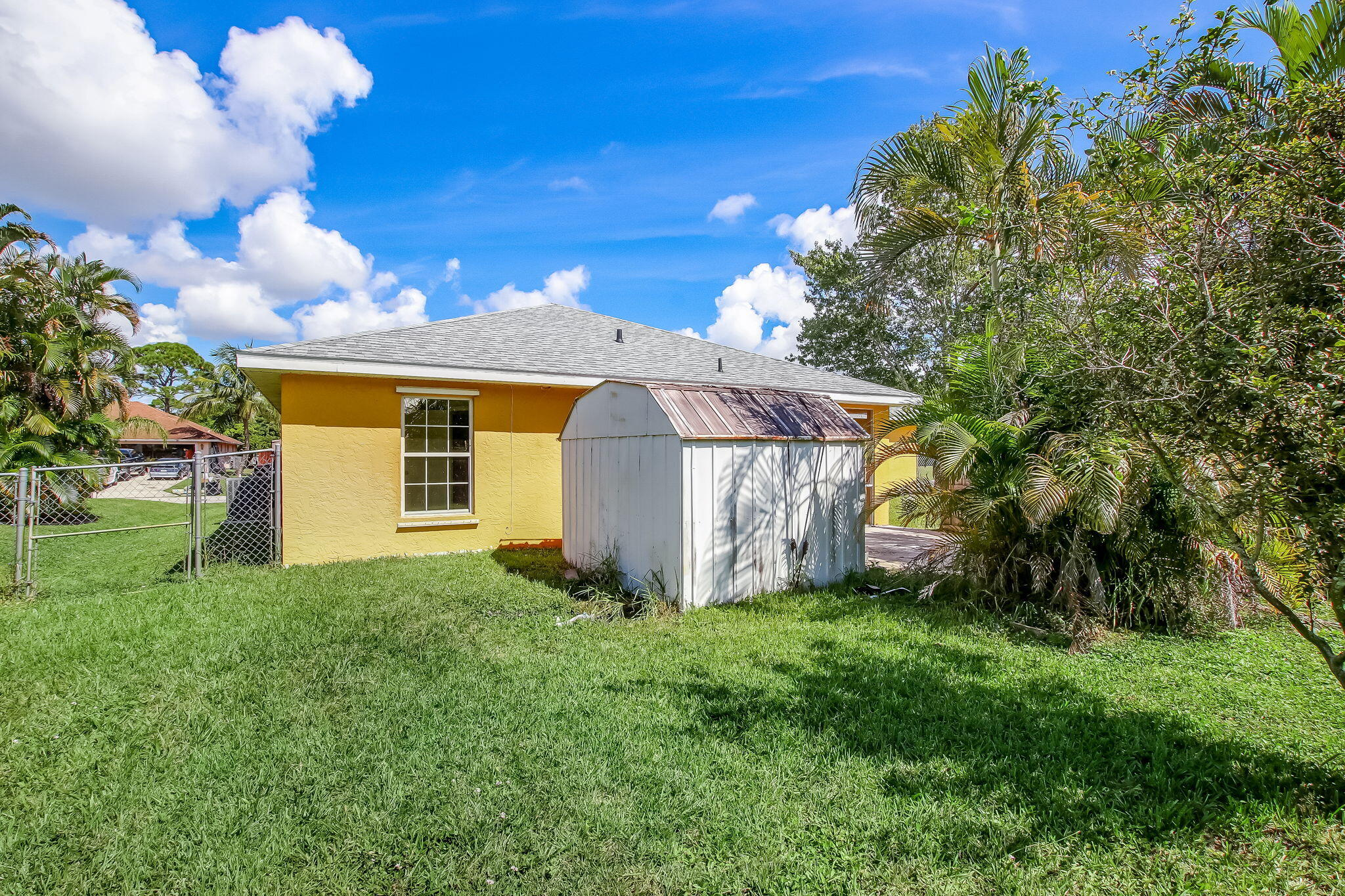 26-web-or-mls-26_1002 SW Charcoal Ave