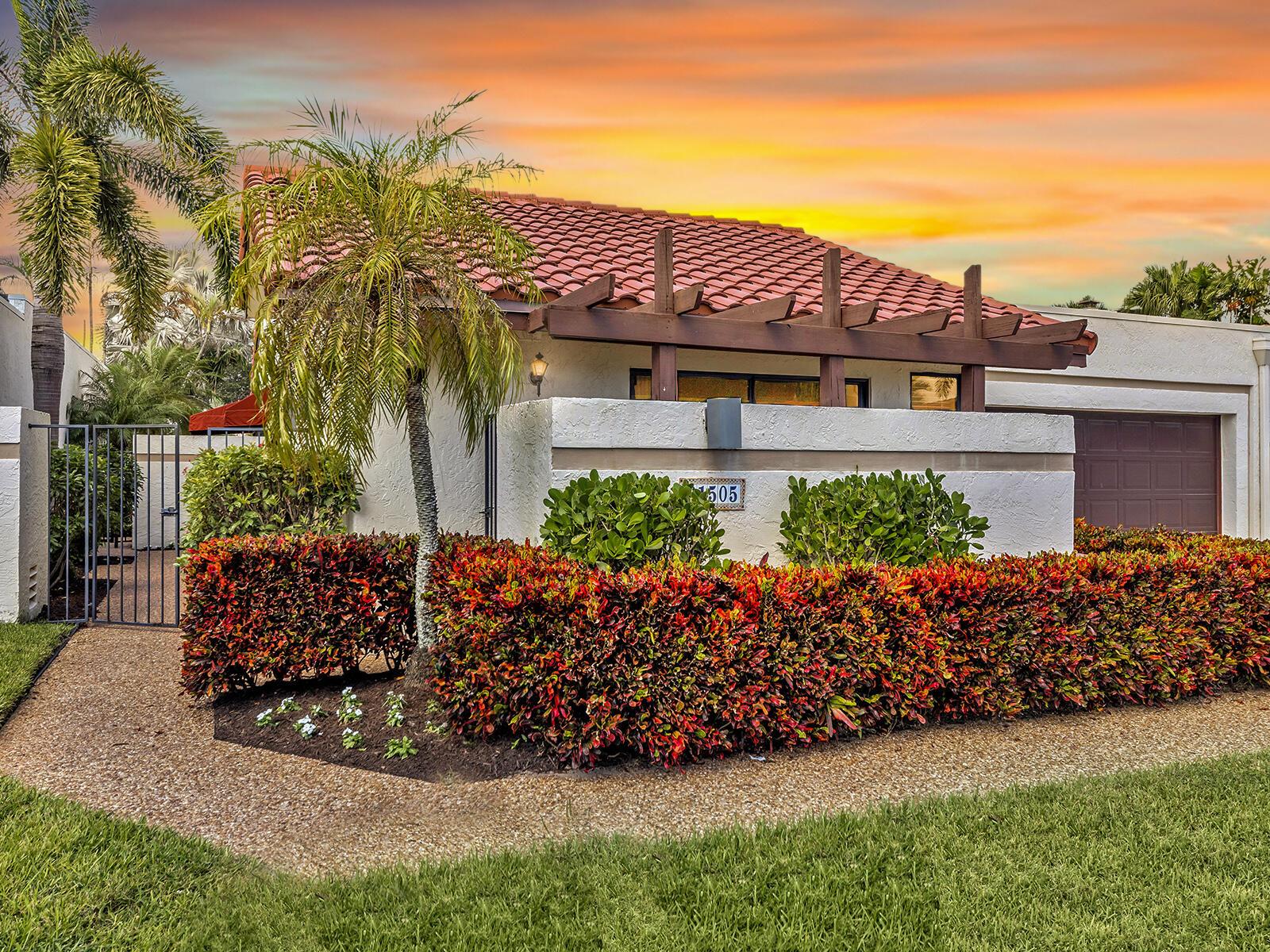 21505  Laguna Drive  For Sale 10750260, FL