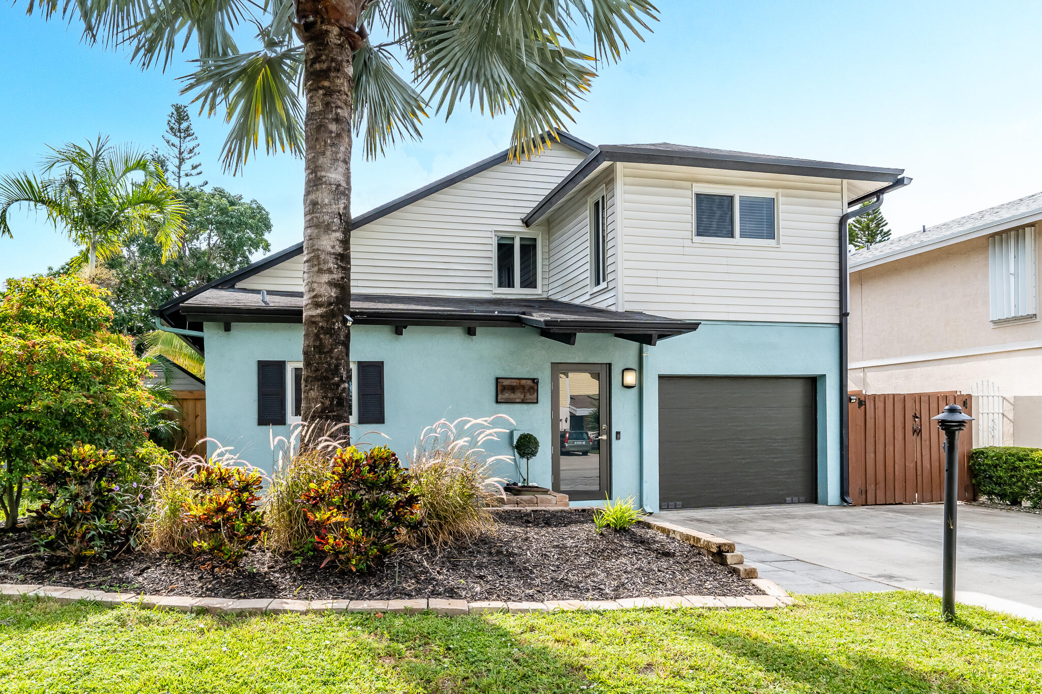 Home for sale in Southridge 1 And 2 Delray Beach Florida