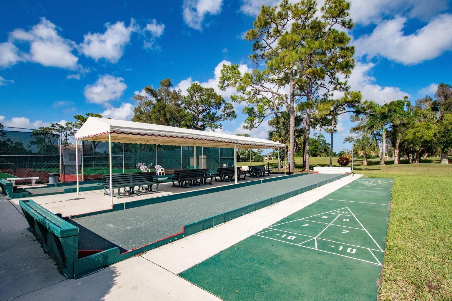 7641 Tahiti Lane 106 Lake Worth, FL 33467 photo 23