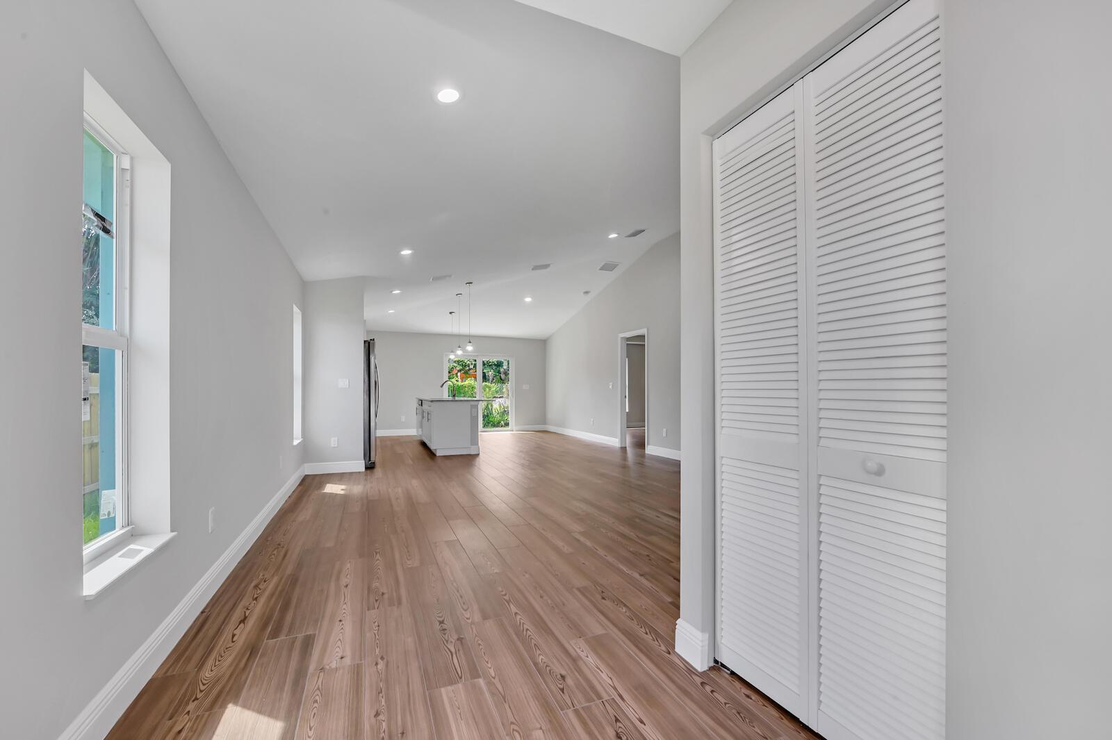 04 Living room 01