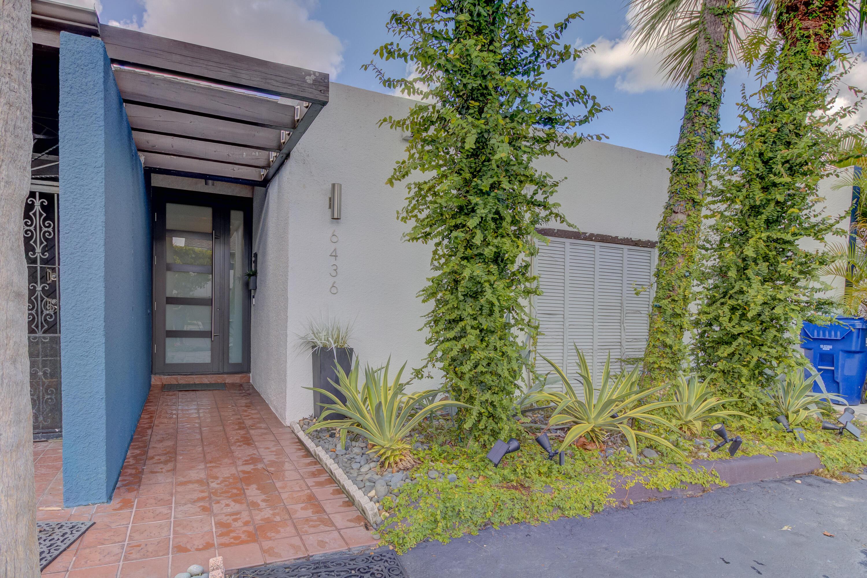 Home for sale in MIAMI LAKES WINDMILL GATE SEC Miami Lakes Florida