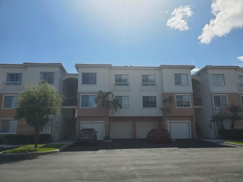 2305 Myrtlewood Circle Palm Beach Gardens, FL 33418 photo 11