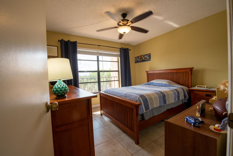 4 Room 1 (2)