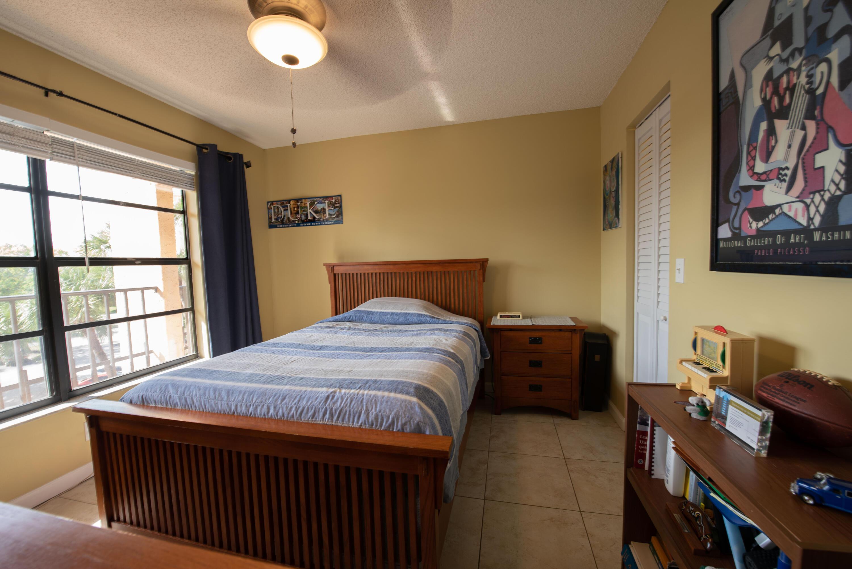 4 Room 1 (4)