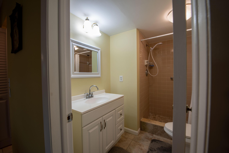 7 Bathroom master room (1)
