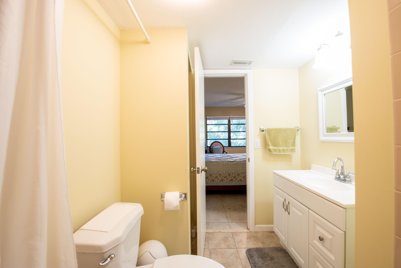 7 Bathroom master room (2)
