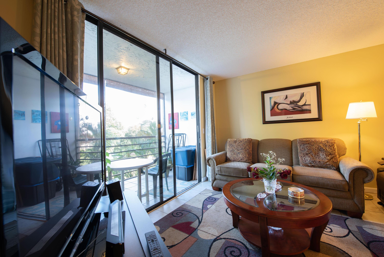 8 Living Room (5)