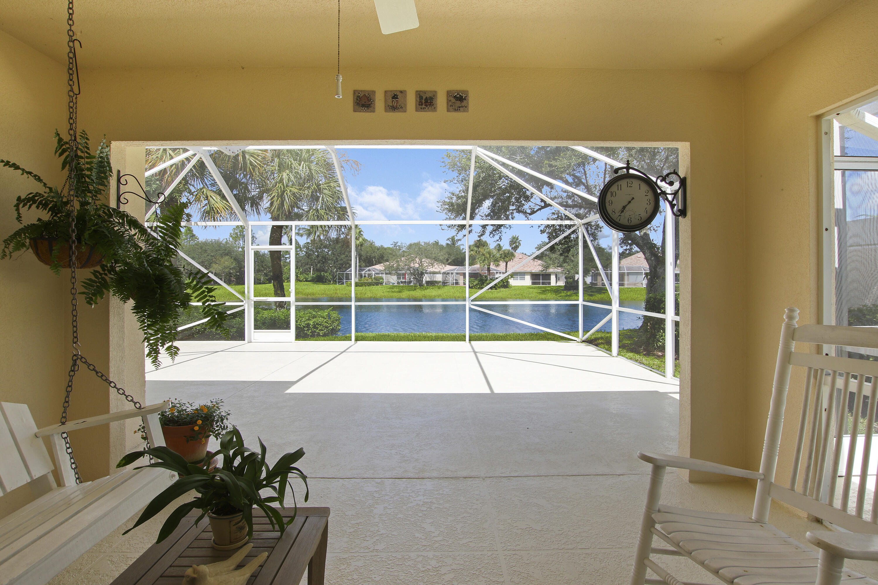 7905  Olympia Drive  For Sale 10750459, FL