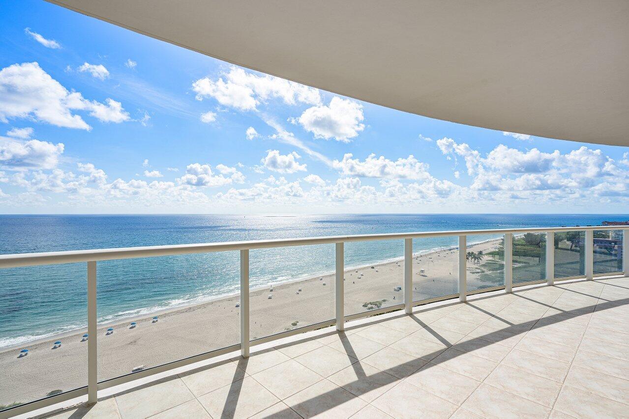 2700 N Ocean Drive 1502a For Sale 10750436, FL