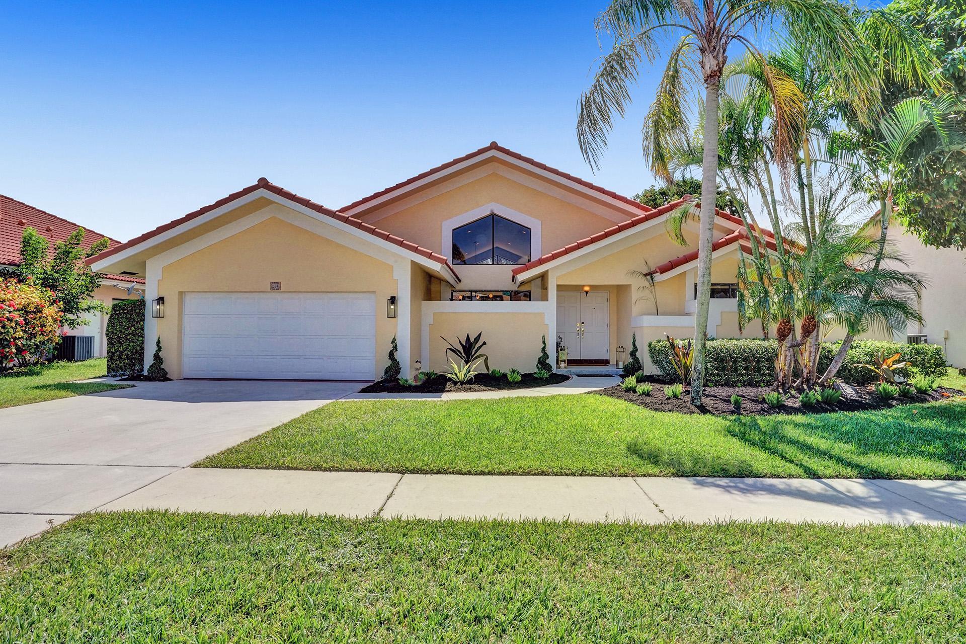 374  Prairie Rose Lane  For Sale 10735377, FL