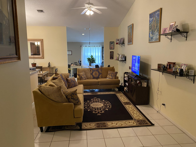 5256 Crystal Anne Drive West Palm Beach, FL 33417 photo 7