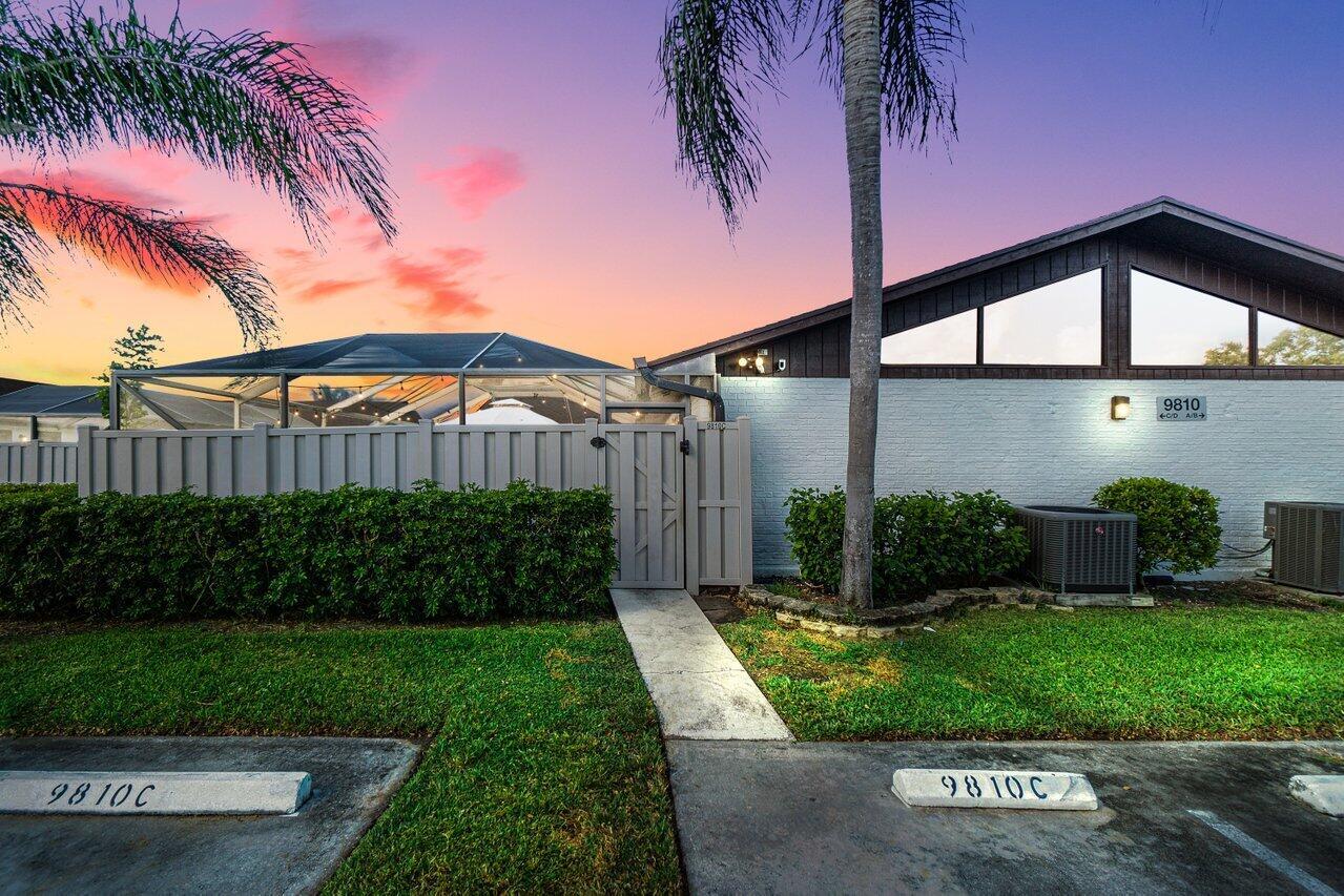 9810  Boca Gardens Parkway C For Sale 10750333, FL