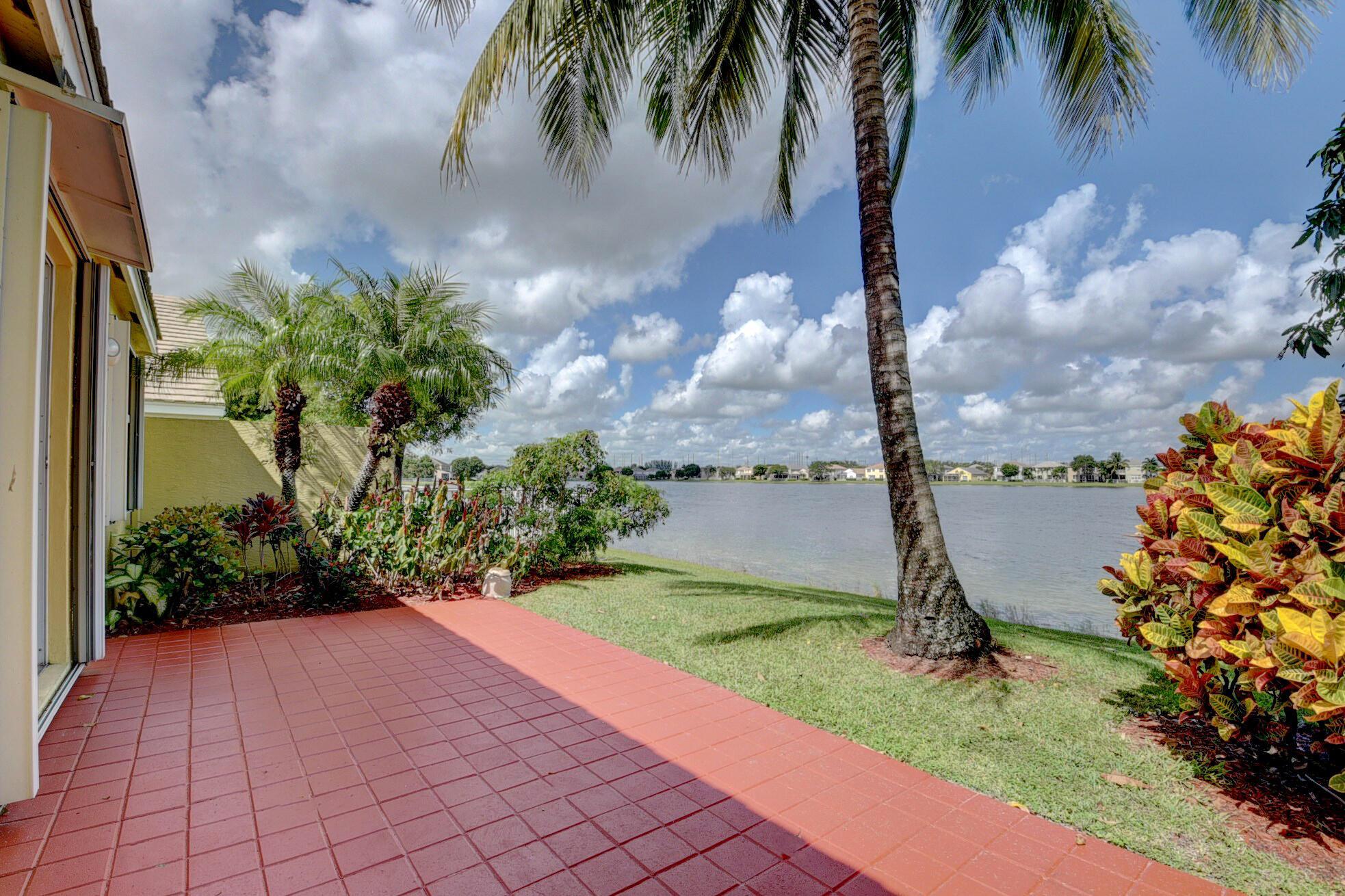 260 Berenger Walk Royal Palm Beach, FL 33414 photo 47