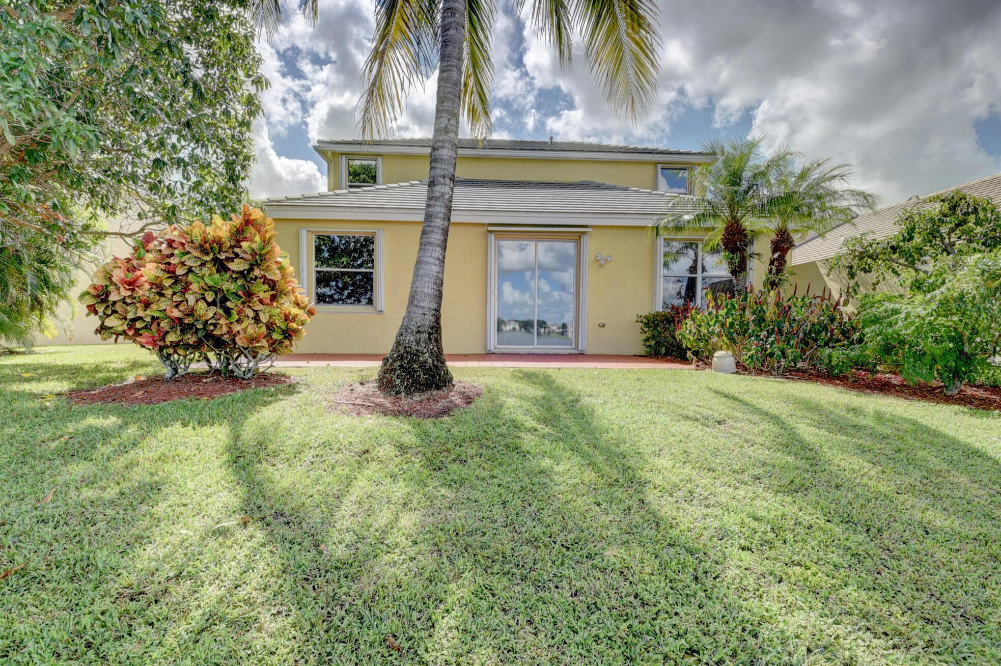 260 Berenger Walk Royal Palm Beach, FL 33414 photo 48