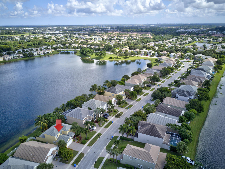 260 Berenger Walk Royal Palm Beach, FL 33414 photo 57