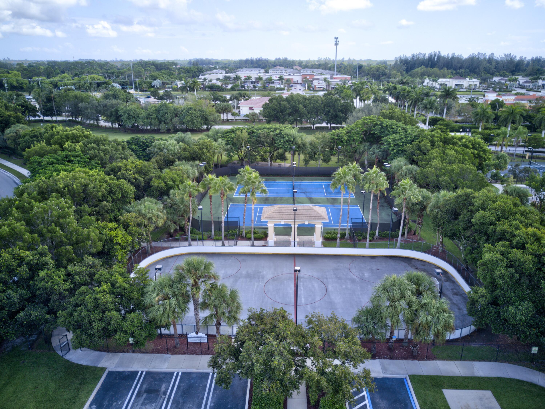 260 Berenger Walk Royal Palm Beach, FL 33414 photo 59