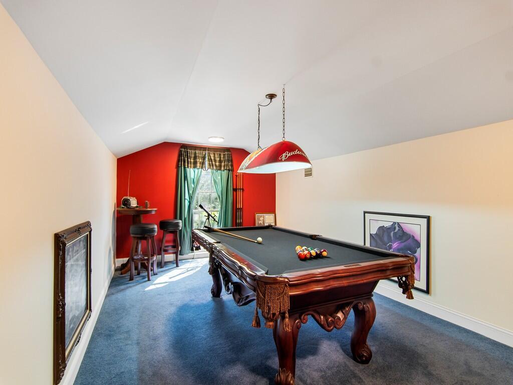 loft - bonus room