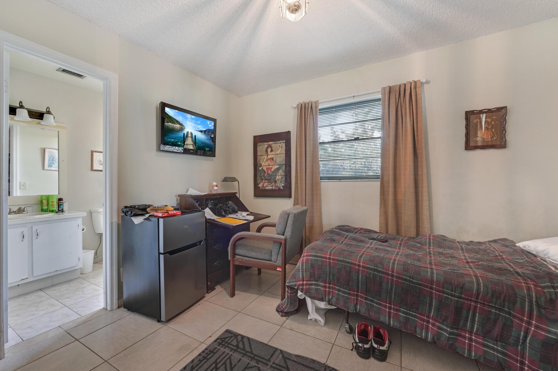 2651 SE 2nd Street Boynton Beach, FL 33435 photo 8