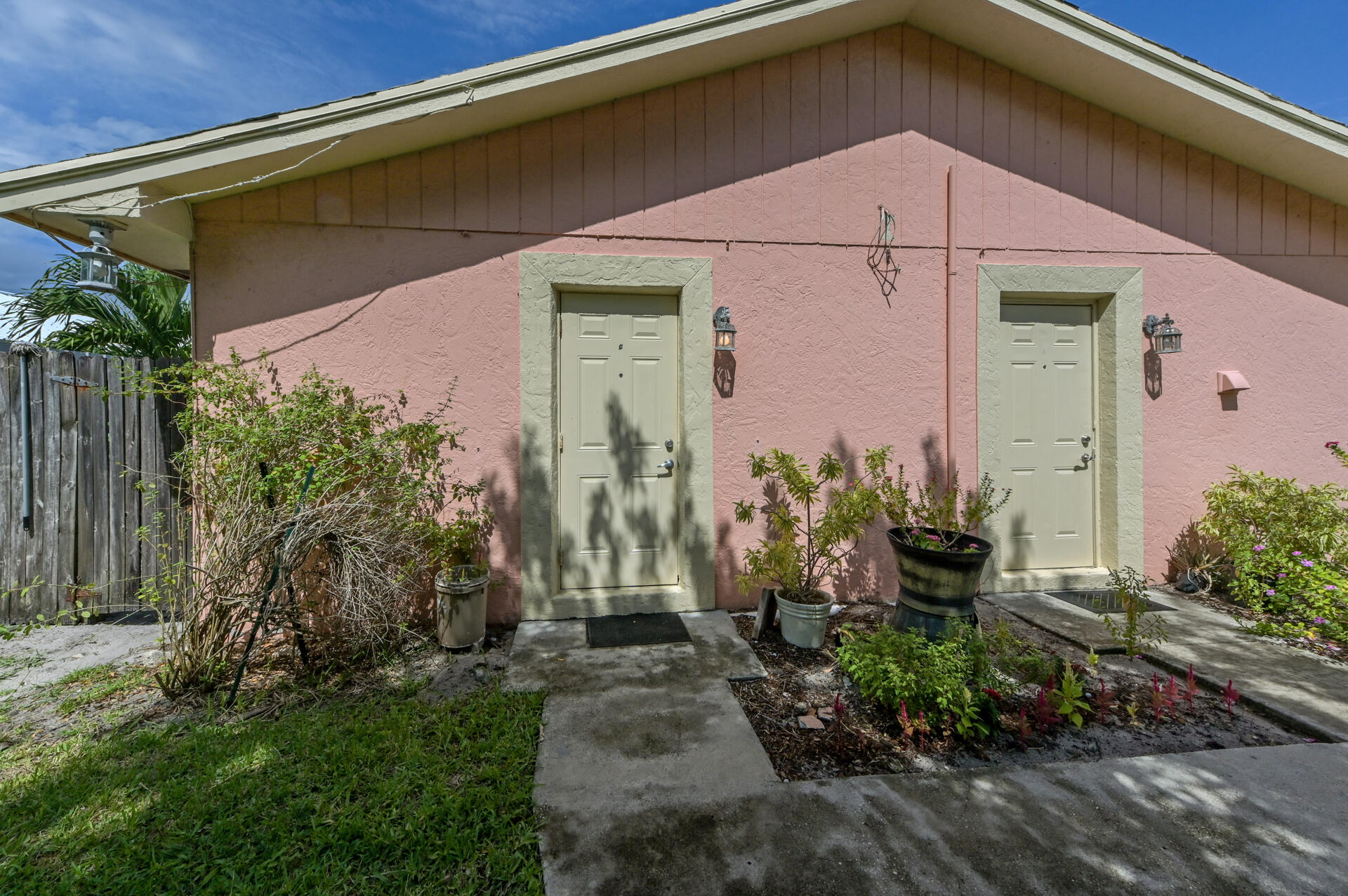 2651 SE 2nd Street Boynton Beach, FL 33435 photo 3