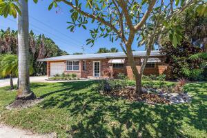 3 Ridgewood Circle, Tequesta, FL 33469