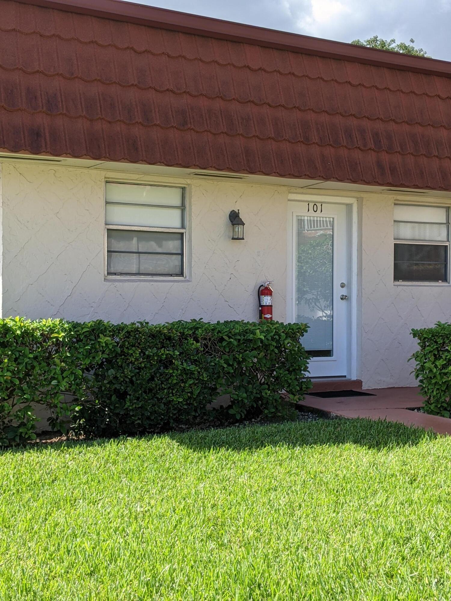 Home for sale in GREENWAY VILLAGE SOUTH CONDO 3 Royal Palm Beach Florida